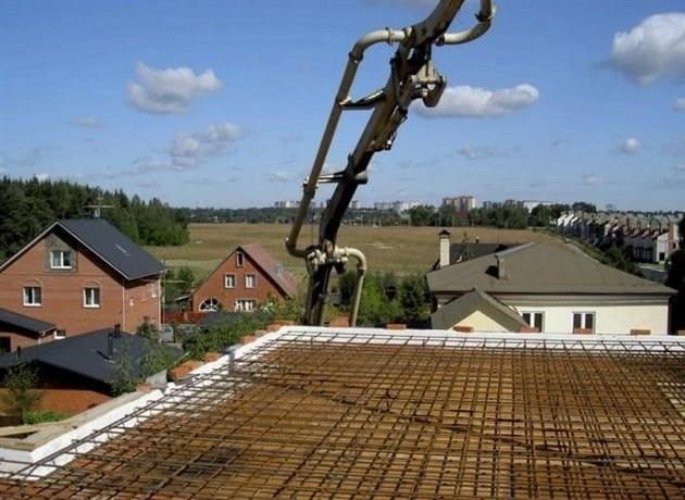 Tégla padló felülvizsgálata: előnyök és hátrányok